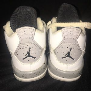 Jordan Shoes - Kids sneackers.